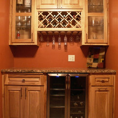 traditional wine cellar by Bergstrom Cabinets