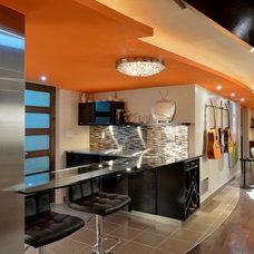 Contemporary Wine Cellar by Luxurious Living Studio Inc.