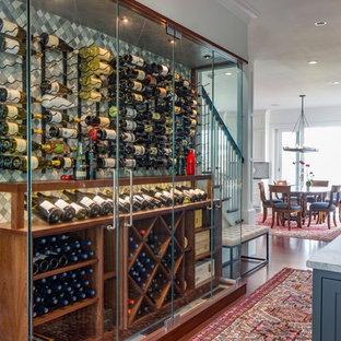 Klassisk inredning av en vinkällare