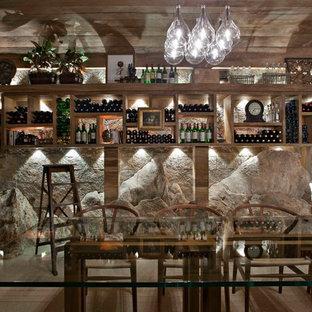 Cette image montre une cave à vin ethnique.