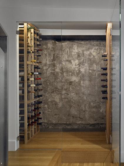 Modern Wine Cellar by yamamar design