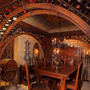 Exemple d'une cave à vin éclectique.