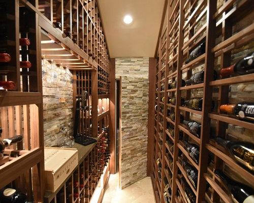 Photos et id es d co de caves vin classiques avec un sol for Un carreau de terre