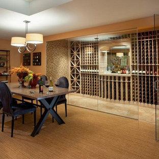 Inspiration för en stor vintage vinkällare, med travertin golv, vinställ med diagonal vinförvaring och beiget golv