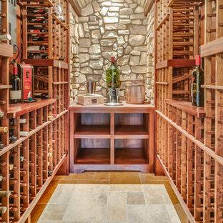 Idéer för att renovera en medelhavsstil vinkällare