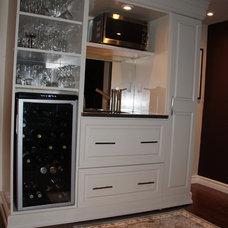 Contemporary Wine Cellar by Carolyn C. Interior Decorator, Brampton, ON.