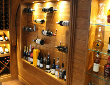Specialty bottle display