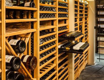 Tilhill house - EuroCave -  Oak Wine Cellar