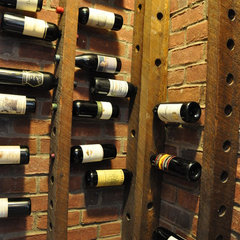wine cellar by Vetrina Del Vino