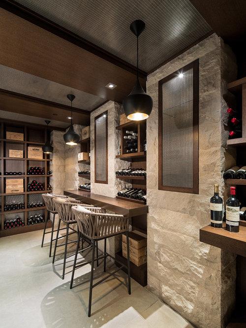 photos et id es d co de caves vin avec un sol en contreplaqu. Black Bedroom Furniture Sets. Home Design Ideas