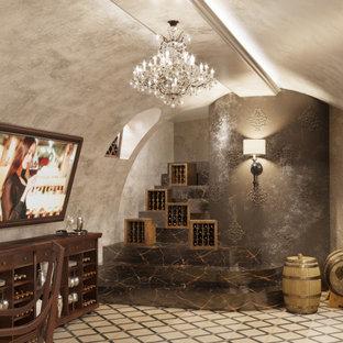 Foto de bodega tradicional, de tamaño medio, con suelo de baldosas de cerámica y suelo beige