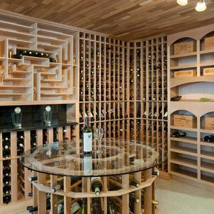 Idée de décoration pour une cave à vin design de taille moyenne avec un sol en linoléum, des casiers et un sol beige.