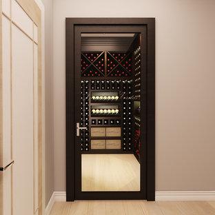Aménagement d'une cave à vin moderne.
