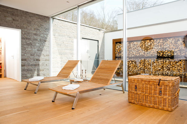 Modern Wintergarten by pH-129 Przygoda + Hoppenhaus Architekten