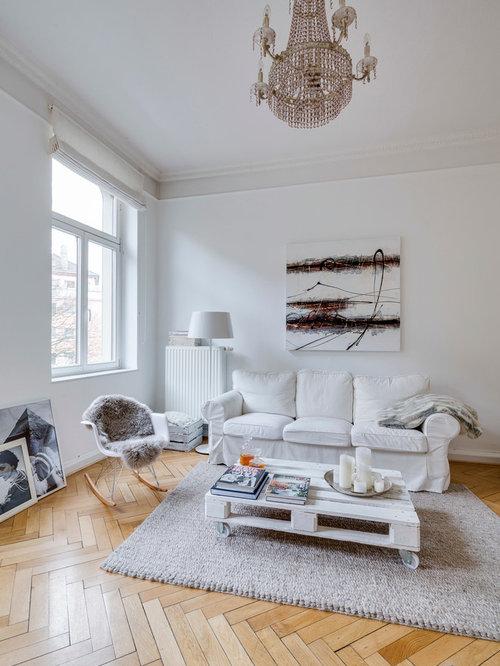 Ideen Fr Abgetrennte Mittelgrosse Skandinavische Wohnzimmer Ohne Kamin Mit Weisser Wandfarbe Und Hellem Holzboden In