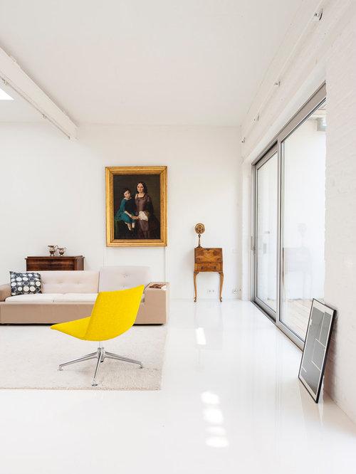 Wonderful Großes Modernes Wohnzimmer Mit Weißer Wandfarbe Und Weißem Boden In München