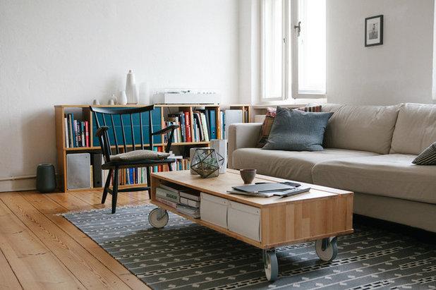 Mid-Century Wohnzimmer by HEJM - Interieurfotografie