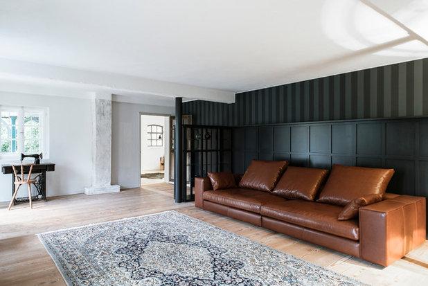 Skandinavisch Wohnzimmer by BUERO PHILIPP MOELLER