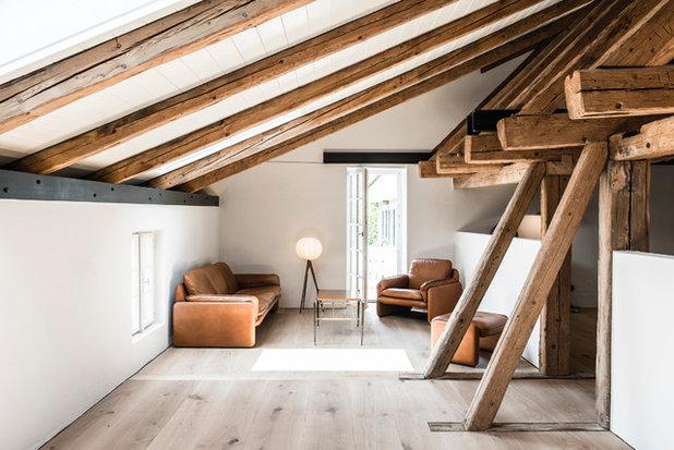 Rustic Living Room by BUERO PHILIPP MOELLER