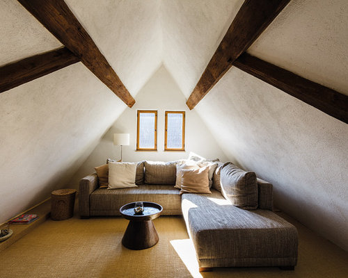 Country Wohnzimmer Im Loft Style Mit Weißer Wandfarbe Und Teppichboden In  Frankfurt Am Main