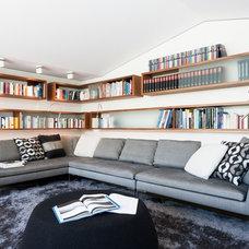 Modern Family Room by Innenarchitektur-Rathke