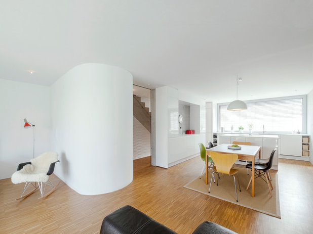 houzzbesuch rote monochromie in bruchsal. Black Bedroom Furniture Sets. Home Design Ideas