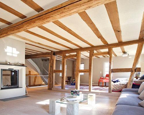 Wohnidee Fr Grosse Fernseherlose Offene Moderne Wohnzimmer Mit Grauer Wandfarbe Hellem Holzboden Und