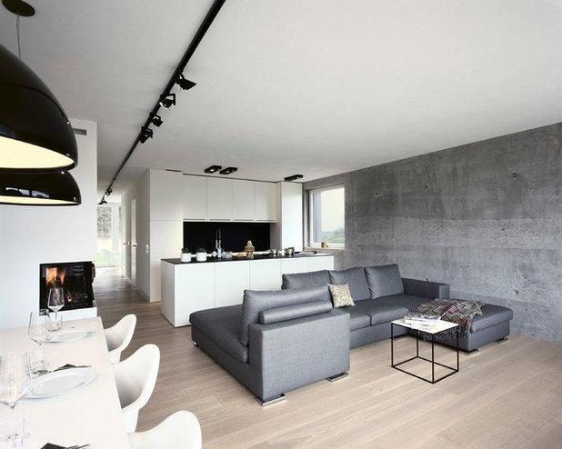 Minimalistisch Wohnbereich by KPT Architekten