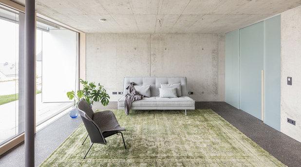 Minimalistisch Wohnzimmer by HI ARCHITEKTUR
