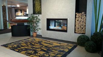 Handgeknüpfter Teppich vor Kamin