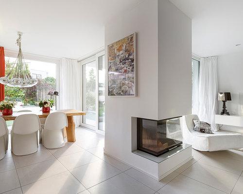 salle de s jour moderne avec une chemin e d 39 angle photos. Black Bedroom Furniture Sets. Home Design Ideas