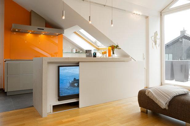 Modern Wohnzimmer by Die ZWEI küchen&möbelmacher