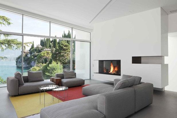 Modern Wohnbereich by Bentlage  Kamine