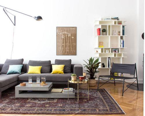 Repräsentatives, Abgetrenntes, Mittelgroßes, Fernseherloses Modernes  Wohnzimmer Ohne Kamin Mit Weißer Wandfarbe, Hellem