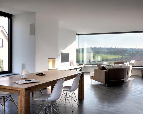 Inspiration Fr Mittelgrosse Offene Moderne Wohnzimmer Mit Betonboden Weisser Wandfarbe Wand TV