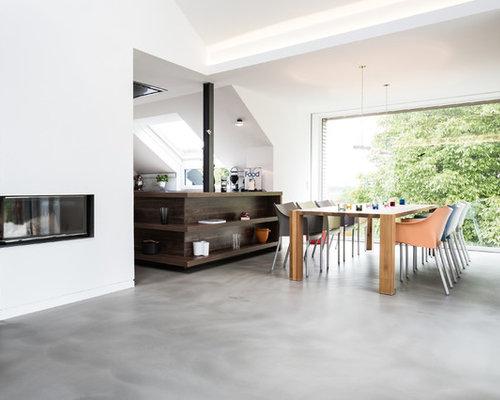 Uberlegen Offenes Modernes Wohnzimmer Mit Weißer Wandfarbe, Linoleum, Eckkamin Und  Verputztem Kaminsims In Hannover