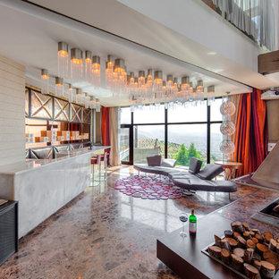 Offenes, Geräumiges Stilmix Wohnzimmer mit weißer Wandfarbe und Hängekamin in Hannover