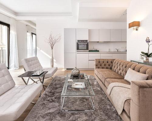 Moderne wohnzimmer mit wei en w nden design ideen bilder for Farbzusammenstellung wohnzimmer