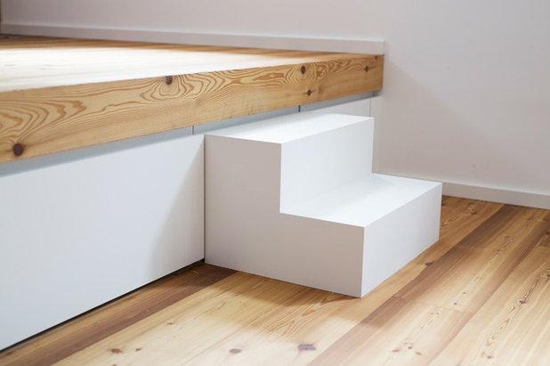 Modern Wohnbereich by pur architekten petri und raff PartGmbB