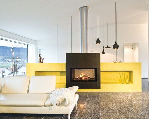 Ideen Fr Grosse Offene Moderne Wohnzimmer Mit Weisser Wandfarbe Und Tunnelkamin In Mnchen
