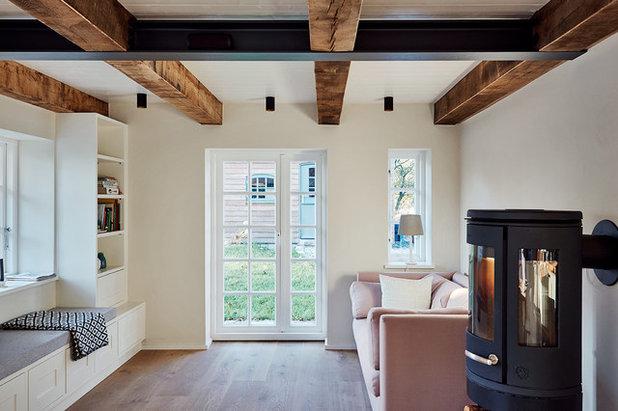 Farmhouse Living Room by grotheer architektur