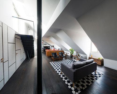 Geräumiges, Repräsentatives, Fernseherloses Modernes Wohnzimmer Ohne Kamin,  Im Loft Style Mit Grauer