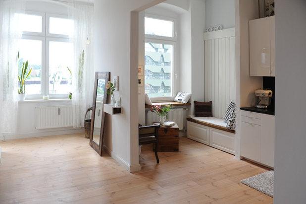 Scandinavian Living Room by JSW Studio