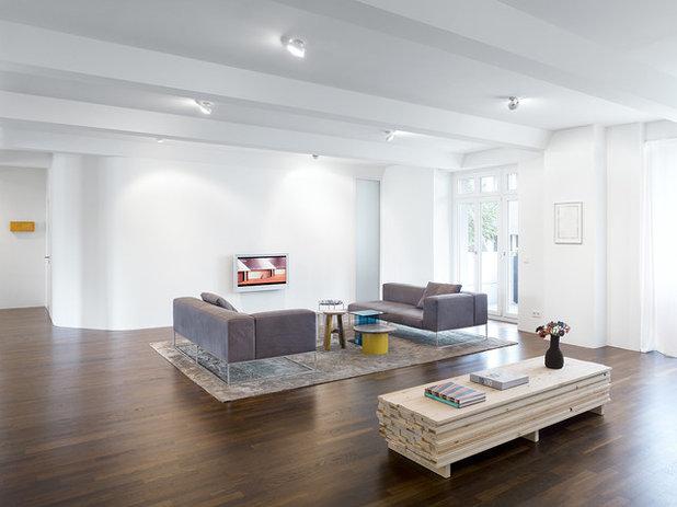 Modern Wohnbereich By Minimum Einrichten GmbH