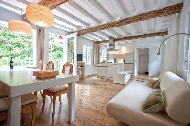 Modern Wohnbereich By Bleibe