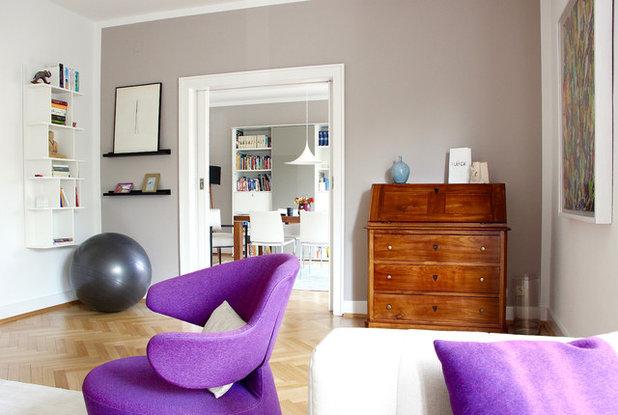 Eklektisch Wohnzimmer by raumatmosphäre pantanella