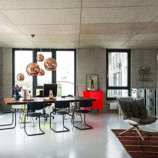 Esempio di un grande soggiorno contemporaneo aperto con pareti grigie e pavimento in linoleum