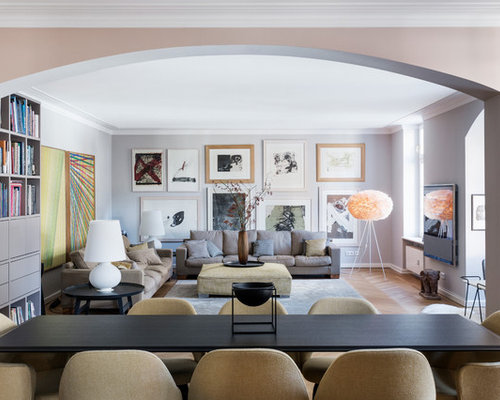 Abgetrenntes, Mittelgroßes Klassisches Wohnzimmer Ohne Kamin Mit Grauer  Wandfarbe, Hellem Holzboden Und Wand
