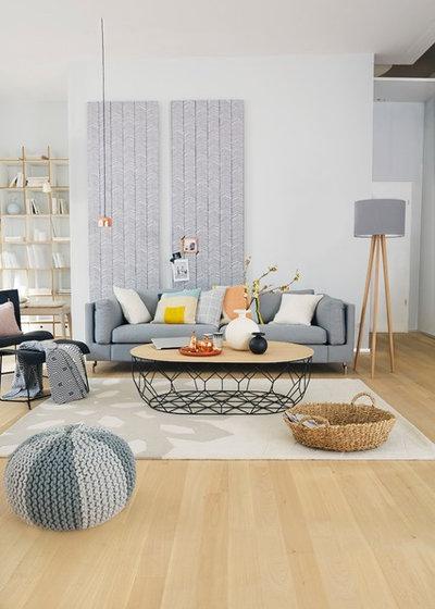Skandinavisch Wohnbereich by HOMEMATE GMBH