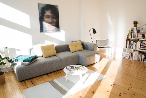 Skandinavisch Wohnzimmer by Claudia Vallentin Fotografie